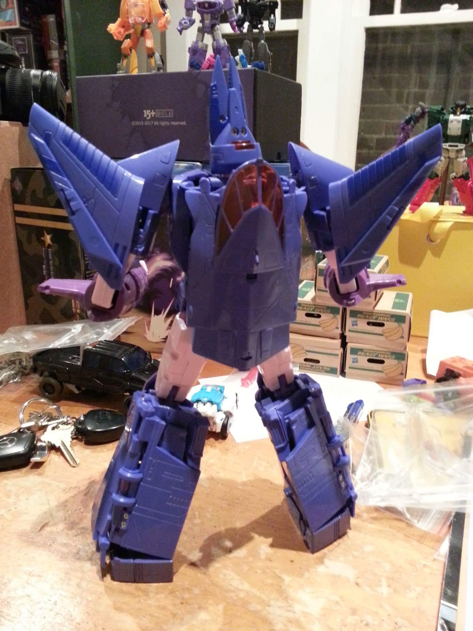 [X-Transbots] Produit Tiers - MX-III Eligos - aka Cyclonus - Page 2 RYmeUl7W