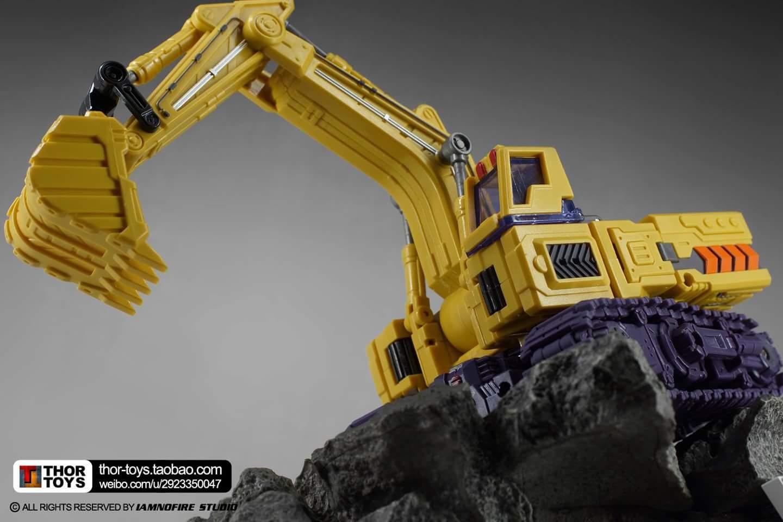 [Toyworld] Produit Tiers - Jouet TW-C Constructor aka Devastator/Dévastateur (Version vert G1 et jaune G2) - Page 8 GEN3f9oA