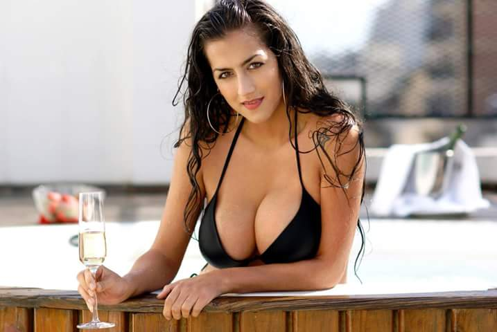Bridgette chica al lado metacafe desnudo
