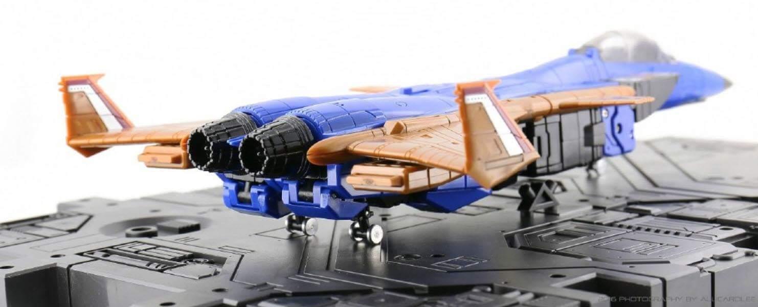 [ToyWorld] Produit Tiers - TW-M02A Combustor (Ramjet/Statoréacto), TW-M02B Assault (Thrust/Fatalo), TW-M02C Requiem (Dirge/Funébro) - Page 2 CGOmZBhG