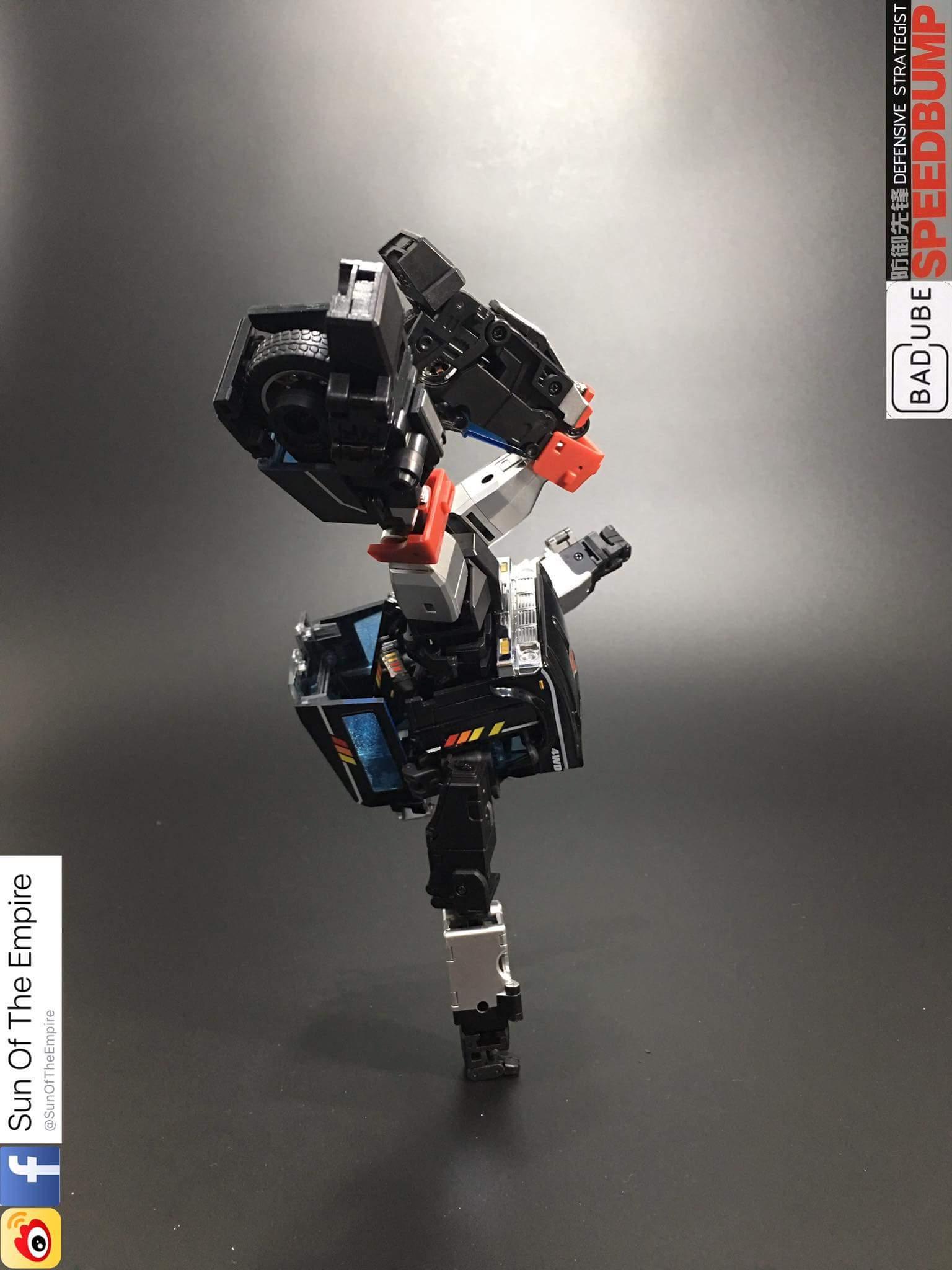[BadCube] Produit Tiers - Jouet OTS-11 Speedbump - aka Trailbreaker/Glouton - Page 2 Ys8Y5qff