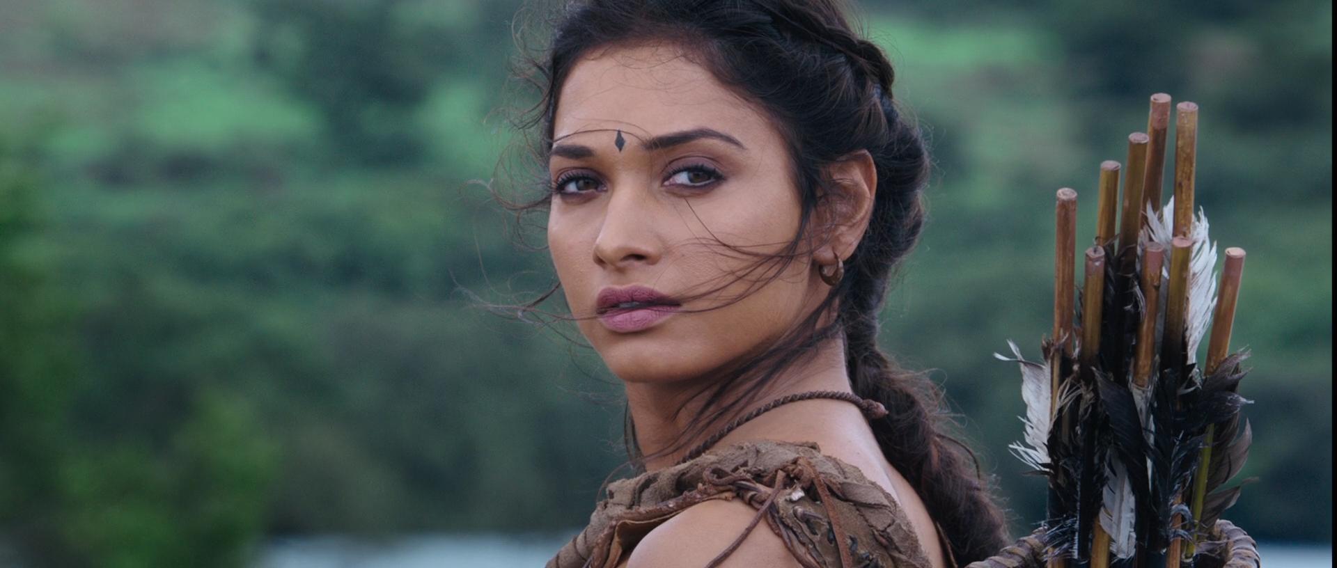 Baahubali: Başlangıç  - Baahubali: The Beginning 2015 (1080p BluRay) DUAL TR-EN - Full HD Film indir