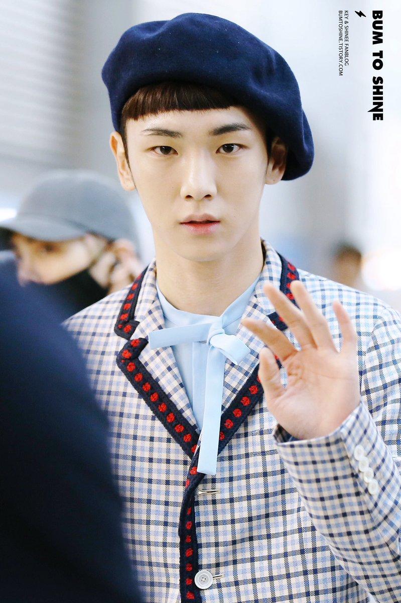 [IMG/160715] Jonghyun, Key @ Aeropuerto Incheon hacia Japón. WyCwvXbd