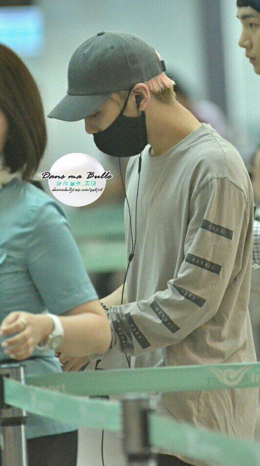 [IMG/160715] Jonghyun, Key @ Aeropuerto Incheon hacia Japón. Vz37EzRd