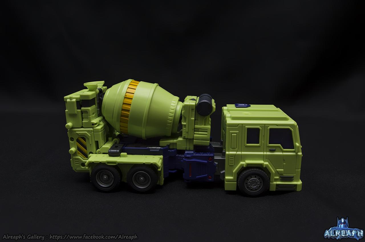 [Toyworld] Produit Tiers - Jouet TW-C Constructor aka Devastator/Dévastateur (Version vert G1 et jaune G2) - Page 7 AIIVYK2z
