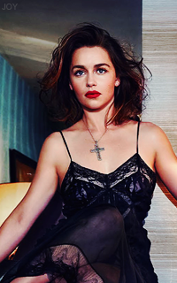 Emilia Clarke F6MRVg9l