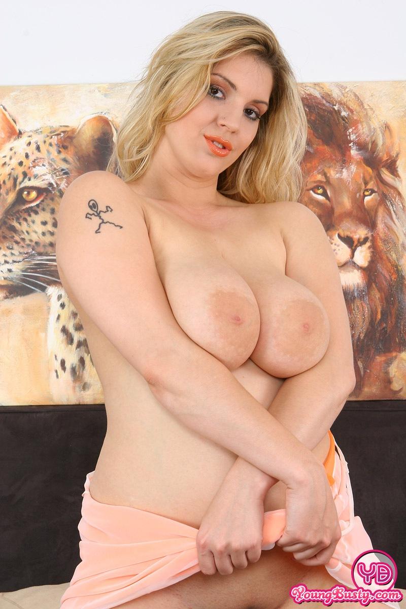 Petra lovka boobs donna liana smiss 4
