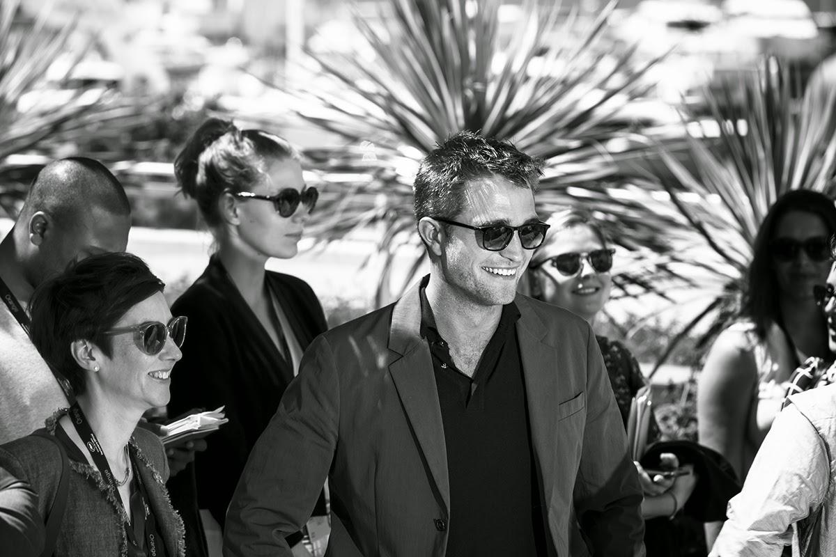 28 Julio - Más de 100 nuevas fotos de Cannes 2014!!! OQ7UaNCJ