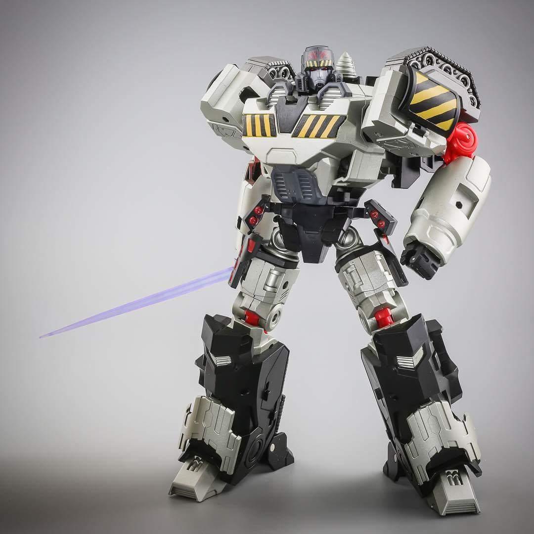 [Mastermind Creations] Produit Tiers - Reformatted R-28 Tyrantron - aka Megatron des BD IDW QfD8d4Ap