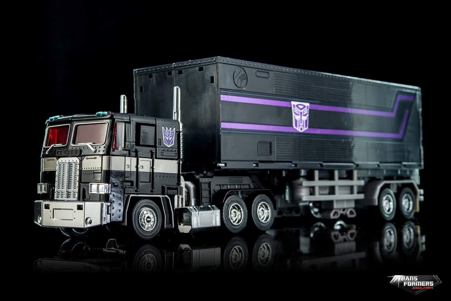 [Masterpiece] MP-10B | MP-10A | MP-10R | MP-10SG | MP-10K | MP-711 | MP-10G | MP-10 ASL ― Convoy (Optimus Prime/Optimus Primus) - Page 4 XufsLLXB