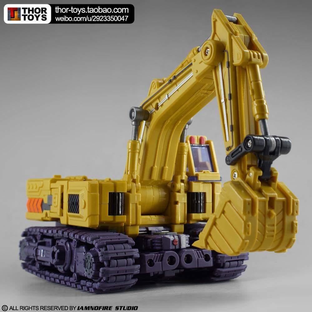 [Toyworld] Produit Tiers - Jouet TW-C Constructor aka Devastator/Dévastateur (Version vert G1 et jaune G2) - Page 8 KqlHlHap