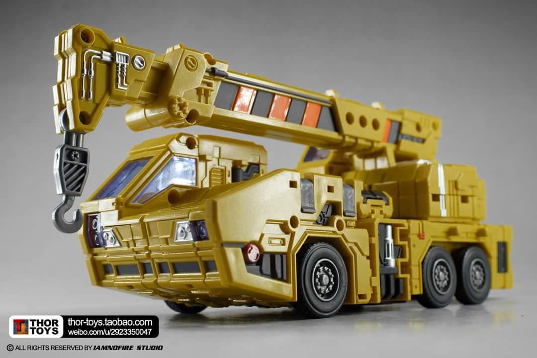 [Toyworld] Produit Tiers - Jouet TW-C Constructor aka Devastator/Dévastateur (Version vert G1 et jaune G2) - Page 8 HYyozcaU