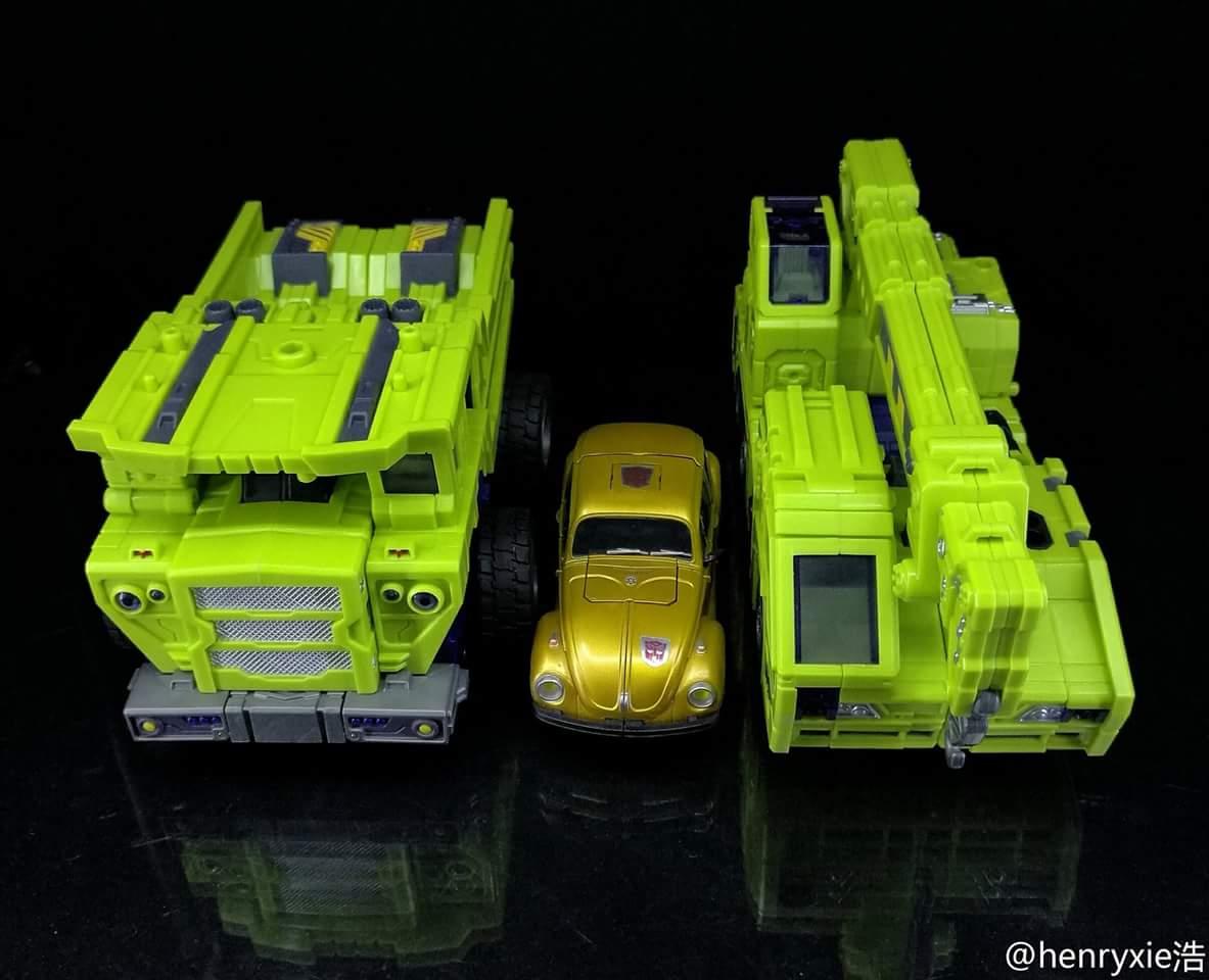 [Toyworld] Produit Tiers - Jouet TW-C Constructor aka Devastator/Dévastateur (Version vert G1 et jaune G2) - Page 7 CeCSvjAc