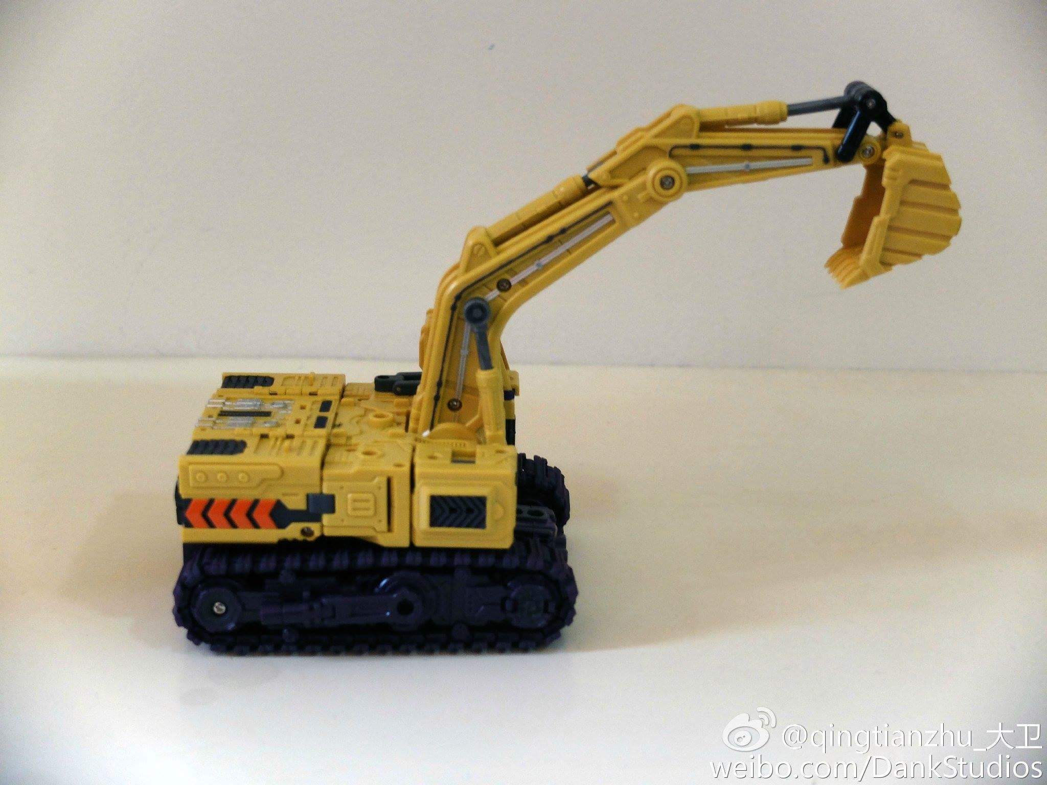 [Toyworld] Produit Tiers - Jouet TW-C Constructor aka Devastator/Dévastateur (Version vert G1 et jaune G2) - Page 8 VRha38r0