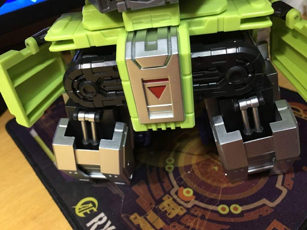 [Toyworld] Produit Tiers - Jouet TW-C Constructor aka Devastator/Dévastateur (Version vert G1 et jaune G2) - Page 6 0O5g5lPS