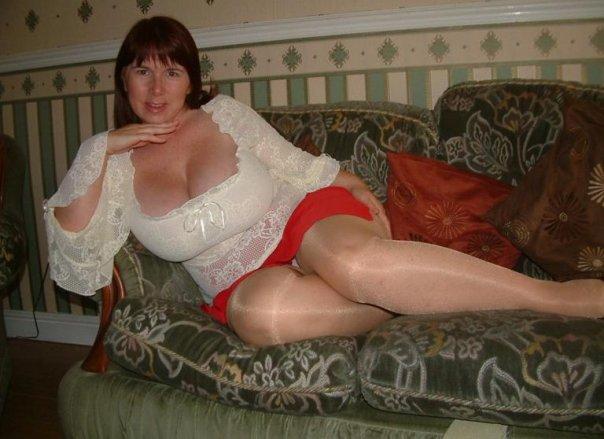 erotika-smotret-zrelie-porno-russkiy