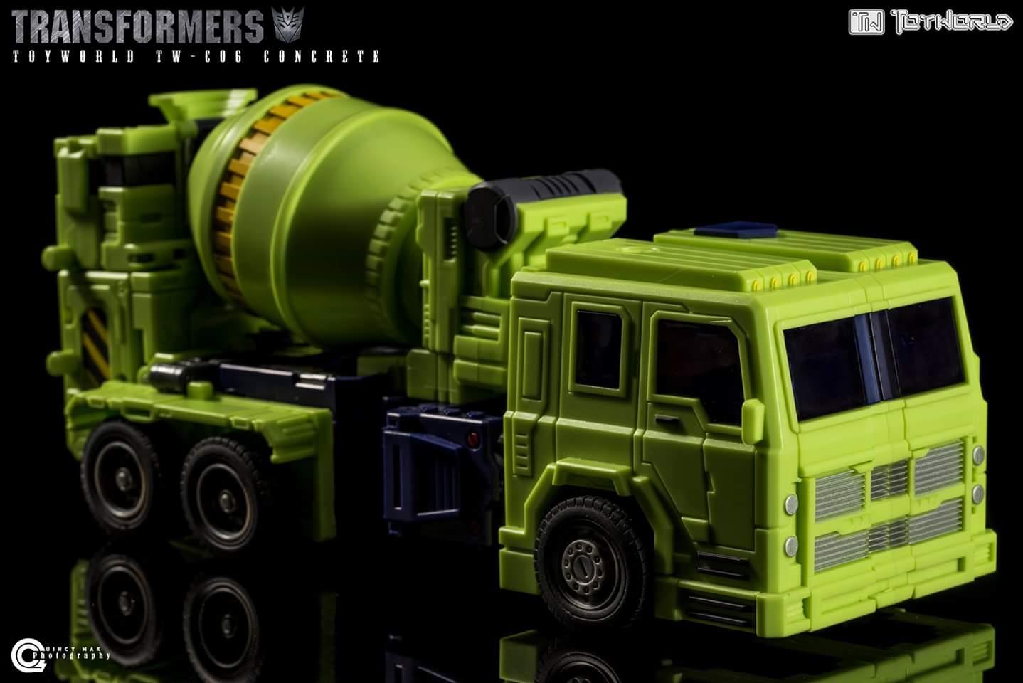 [Toyworld] Produit Tiers - Jouet TW-C Constructor aka Devastator/Dévastateur (Version vert G1 et jaune G2) - Page 4 2tcbx4rS