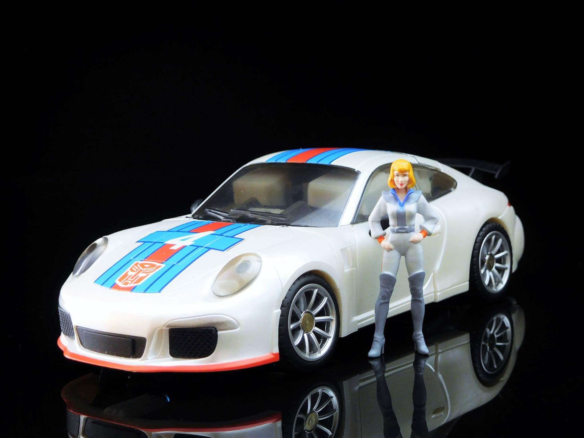 [Generation Toy] Produit Tiers - Jouets TF de la Gamme GT - des BD TF d'IDW - Page 2 N9hSVZ54
