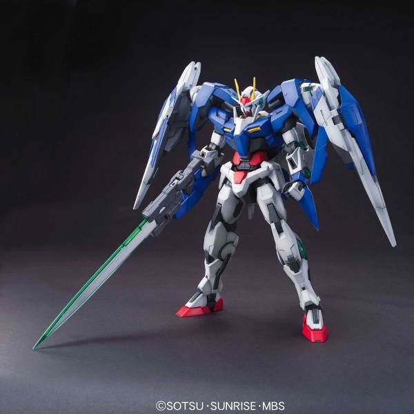 Gunpla Master Grade Gundam 00 Raiser Nuovo