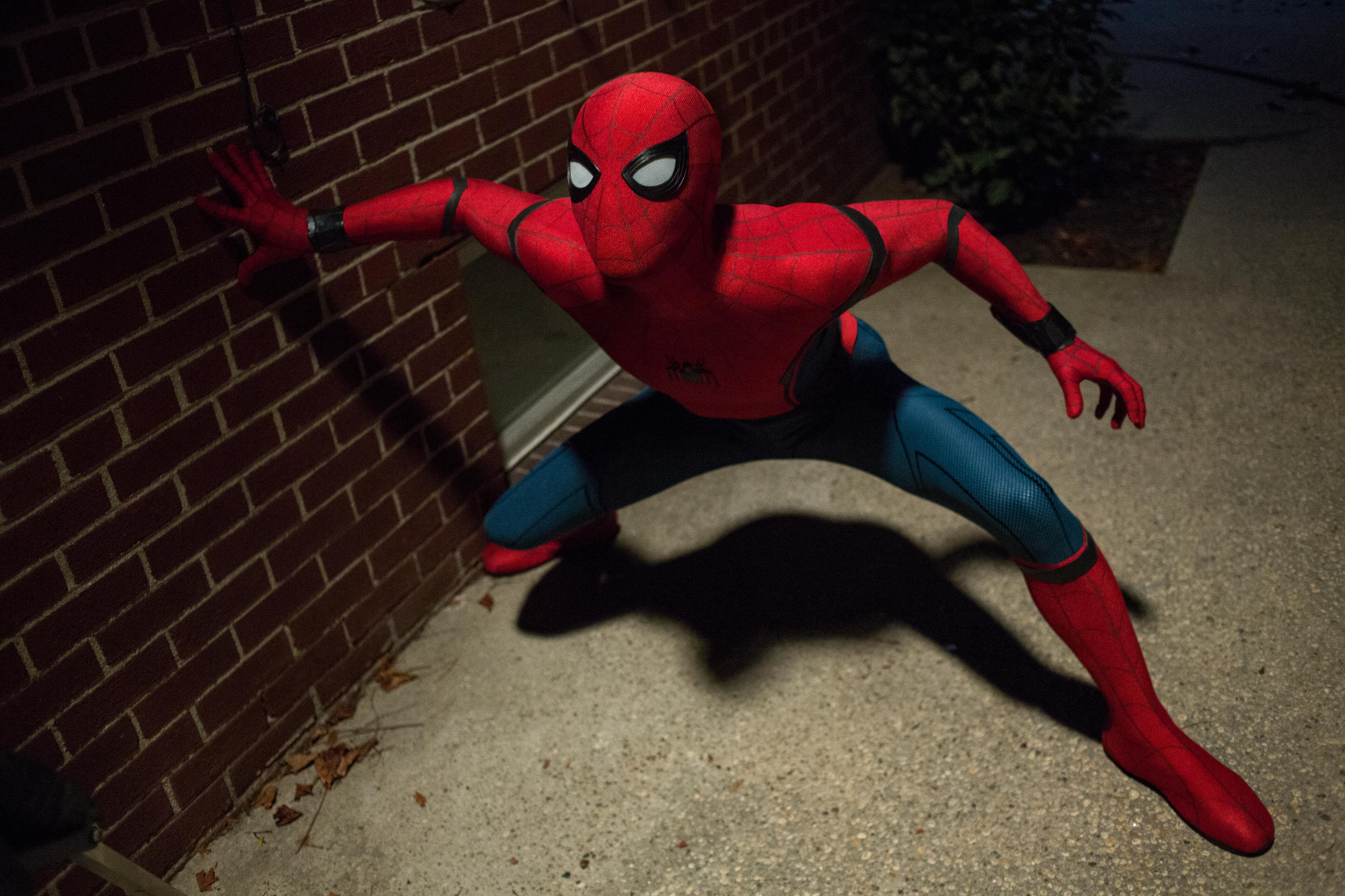 New Spider Man Homecoming Photos Tease Spidey S First