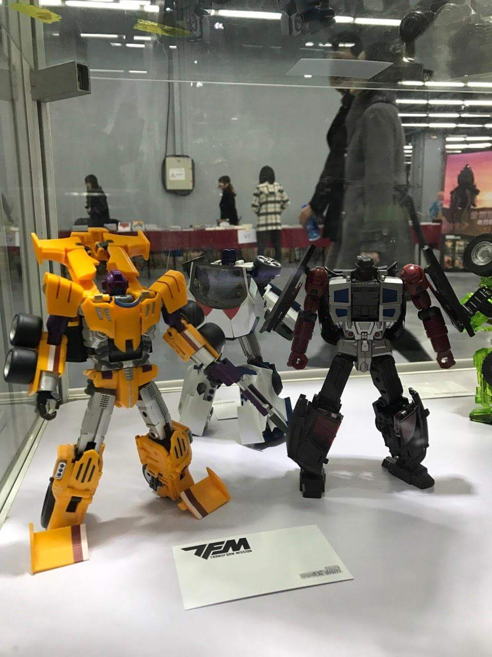 [Transform Mission] Produit Tiers - Jouet M-01 AutoSamurai - aka Menasor/Menaseur des BD IDW - Page 5 DzwNdZJV