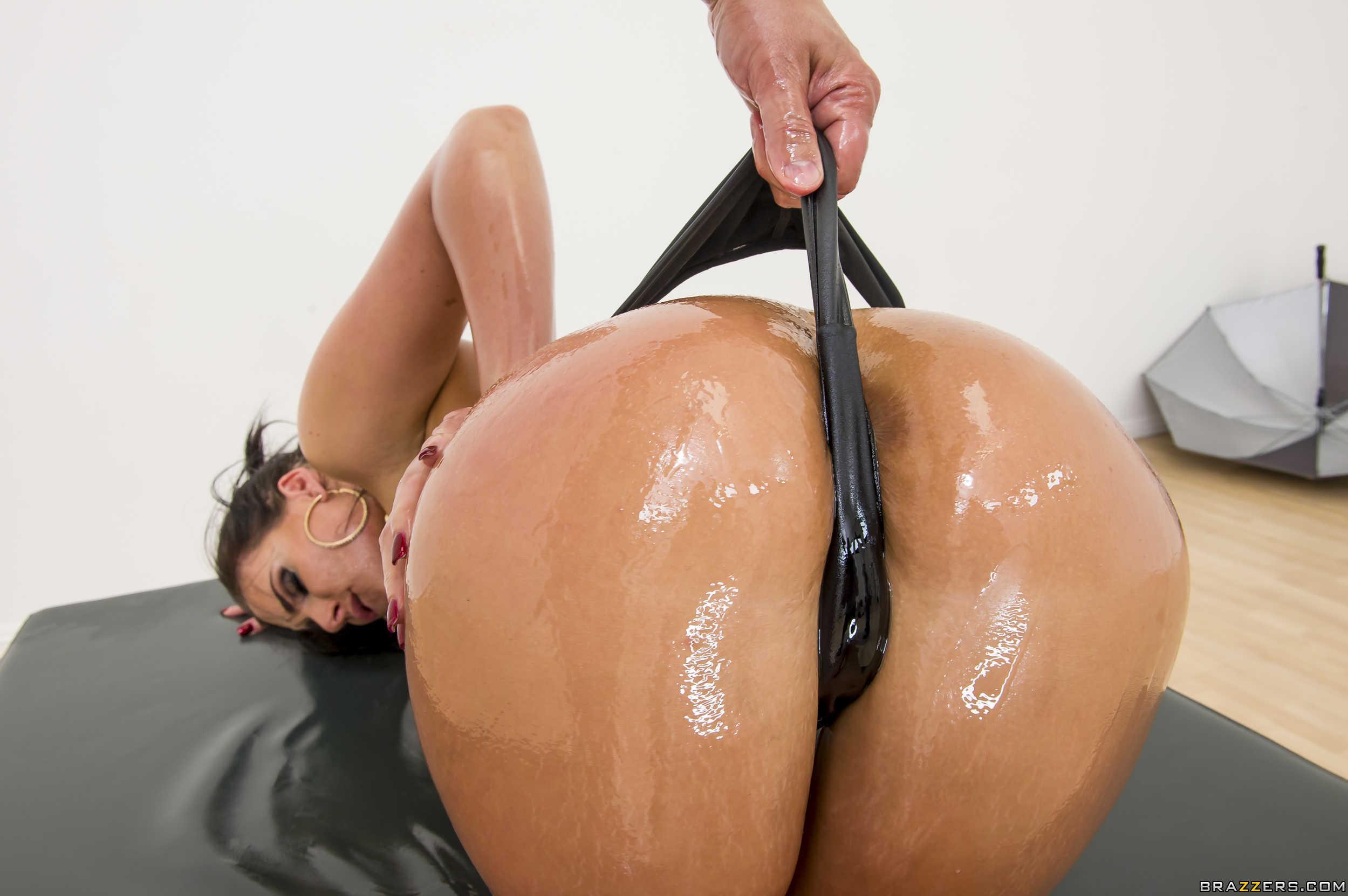 porno-v-masle-brazers