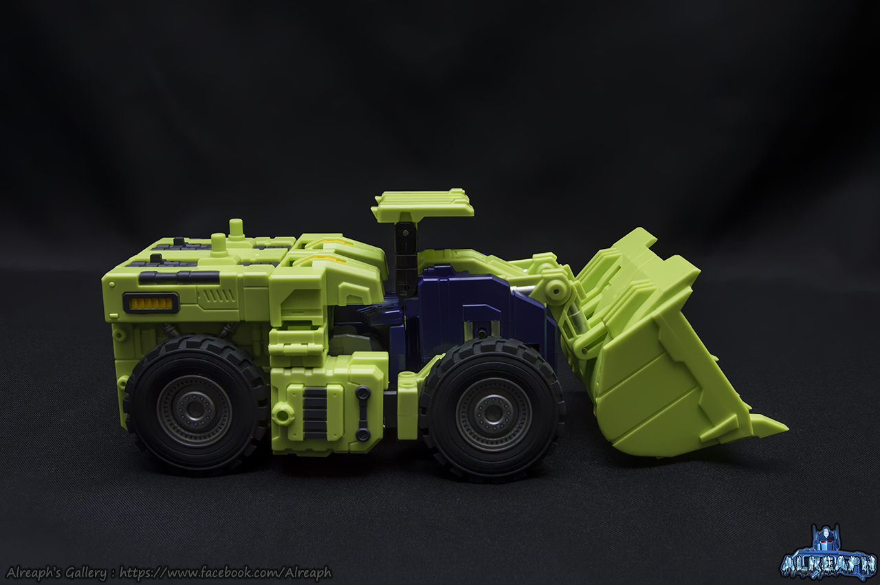 [Toyworld] Produit Tiers - Jouet TW-C Constructor aka Devastator/Dévastateur (Version vert G1 et jaune G2) - Page 7 FZCeWEUf