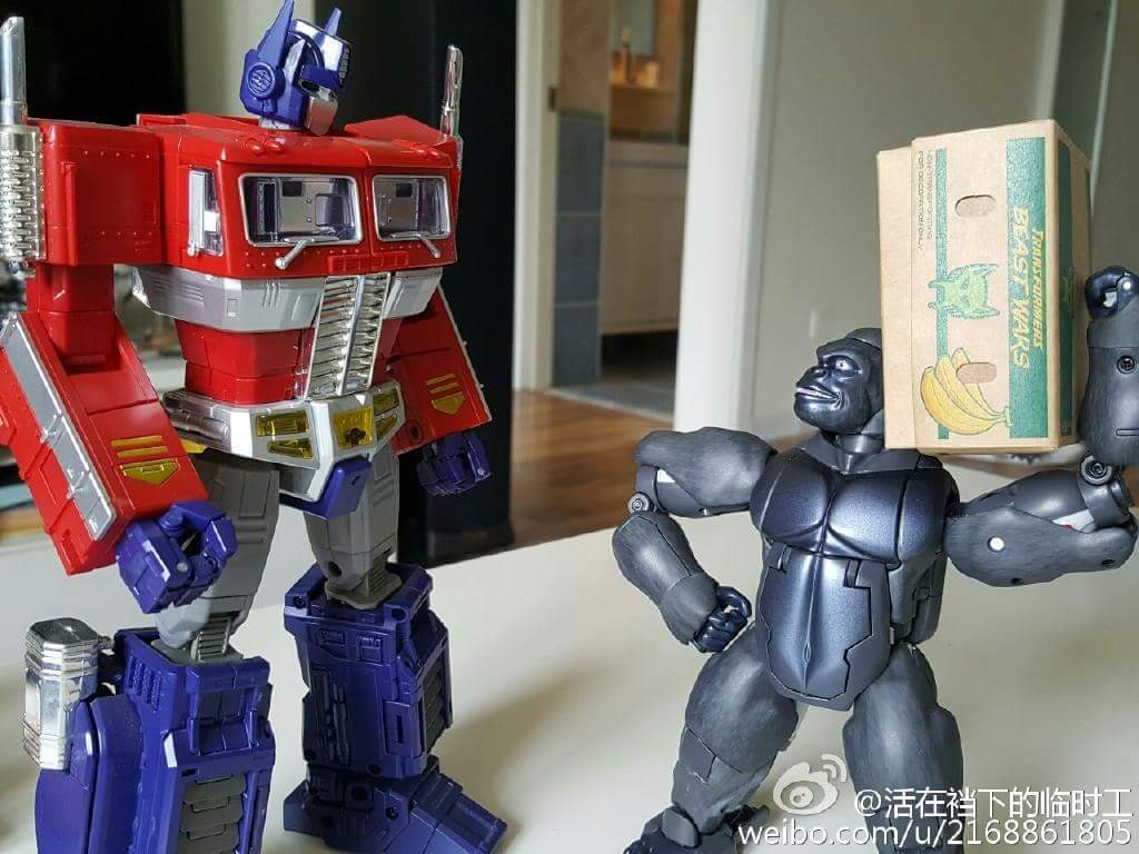 [Masterpiece] MP-32, MP-38 Optimus Primal et MP-38+ Burning Convoy (Beast Wars) - Page 3 Oq7sJd44
