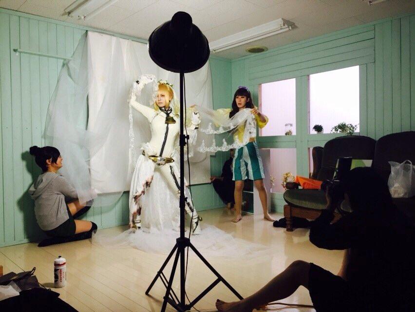 id6j1ys3 Sự thật đằng sau những bức ảnh cosplay đẹp lung linh