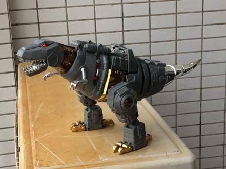 [Fanstoys] Produit Tiers - Dinobots - FT-04 Scoria, FT-05 Soar, FT-06 Sever, FT-07 Stomp, FT-08 Grinder - Page 10 Psfqn2ZM