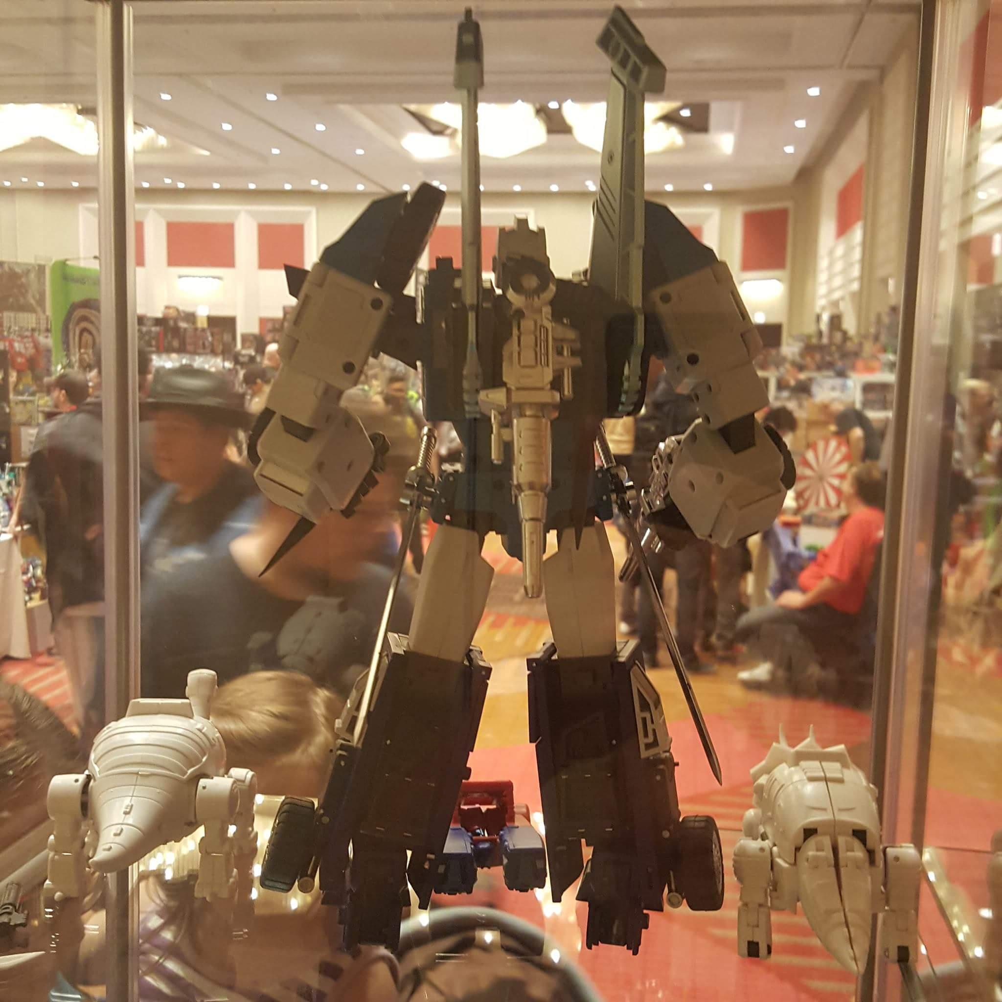 [DX9 Toys] Produit Tiers - Jouet D10 Hanzo - aka Sixshot/Hexabot PWTzaR80
