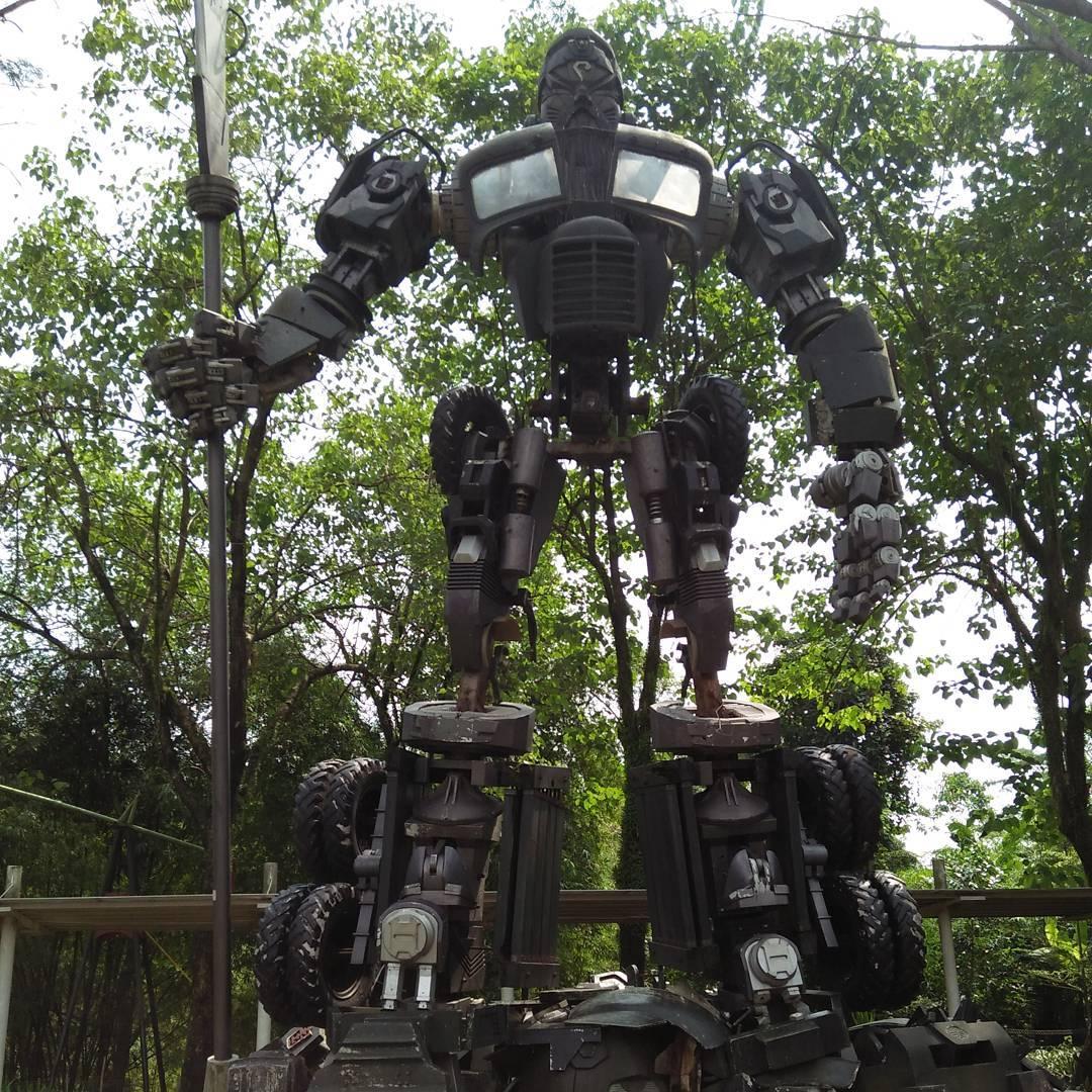 transformer dari sparepart mobil bekas