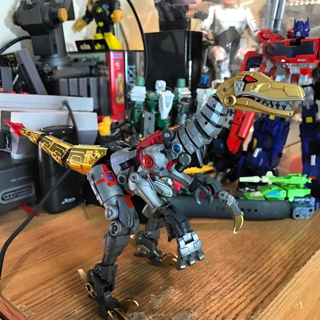 [FansProject] Produit Tiers - Jouets LER (Lost Exo Realm) - aka Dinobots - Page 3 TnkQvOZd