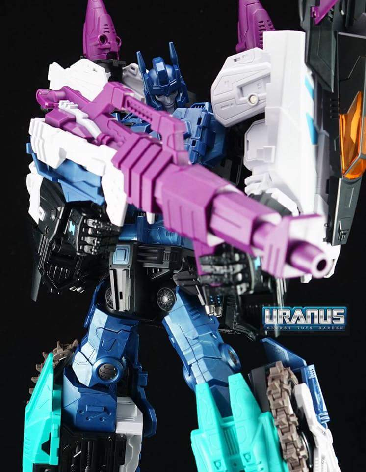 [Mastermind Creations] Produit Tiers - R-17 Carnifex - aka Overlord (TF Masterforce) - Page 3 TFQxDwtn