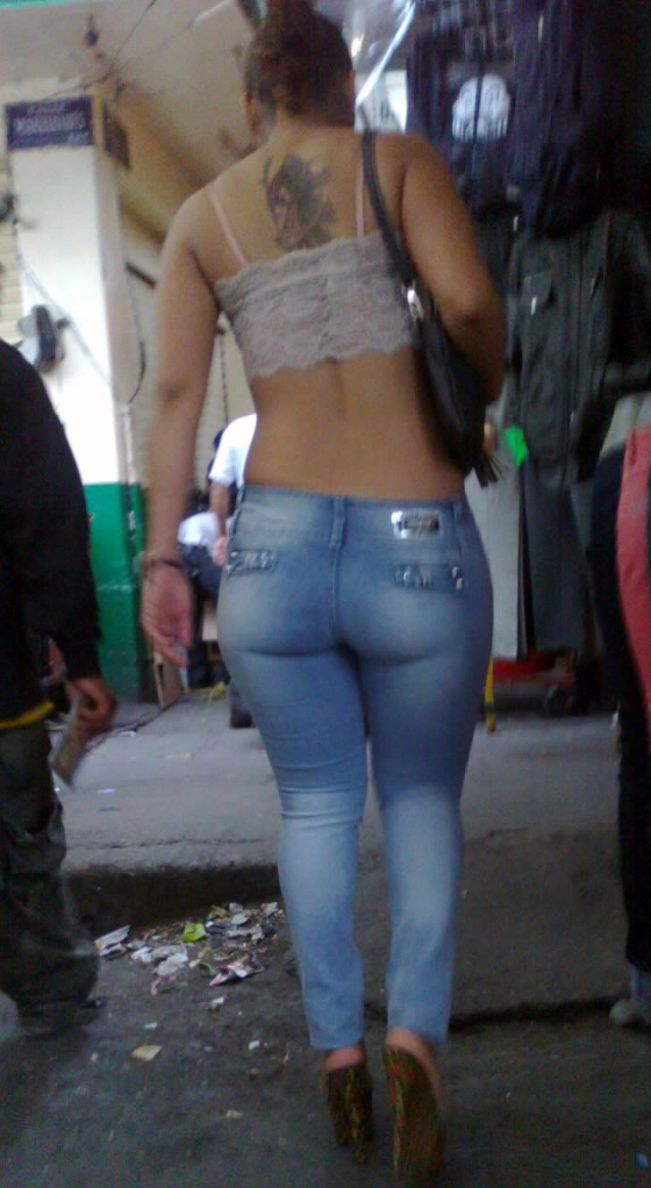 prostituta culona cumfiesta