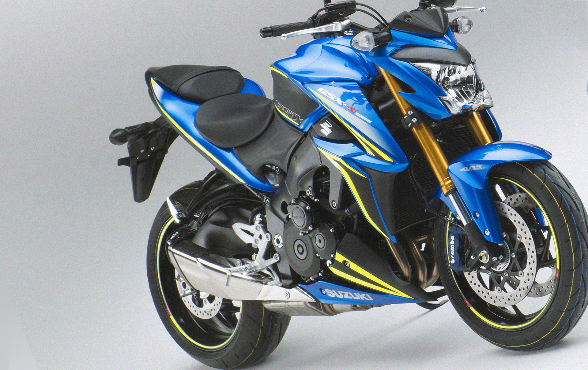 suzuki announces gsx s1000 carbon and gsx s1000f tour special edition models cars motorbikes. Black Bedroom Furniture Sets. Home Design Ideas