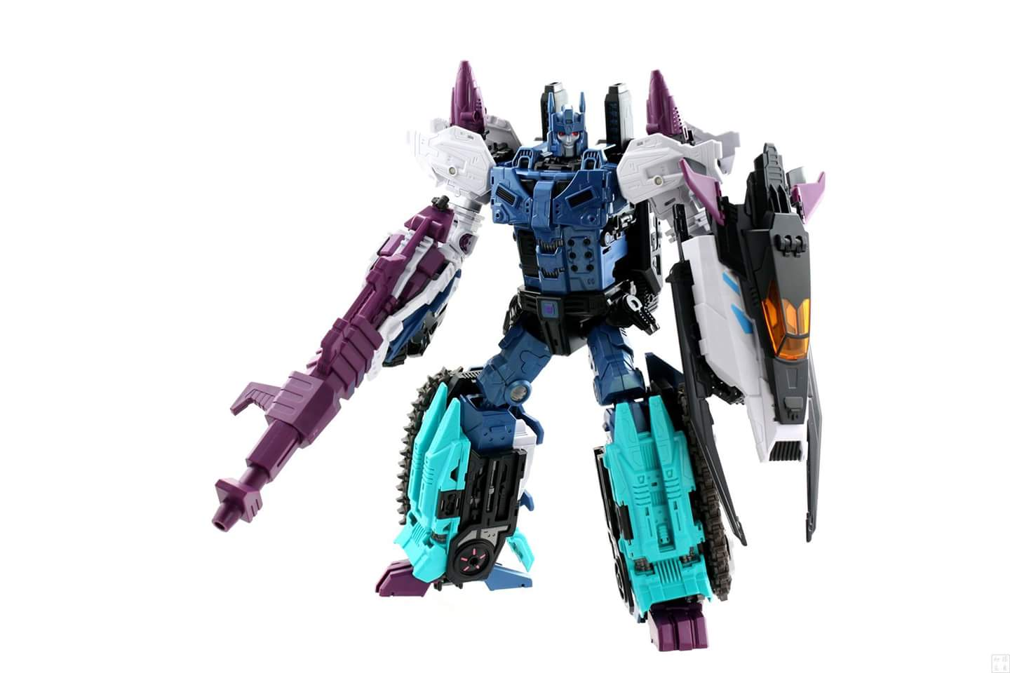 [Mastermind Creations] Produit Tiers - R-17 Carnifex - aka Overlord (TF Masterforce) - Page 3 IdpD4tOs
