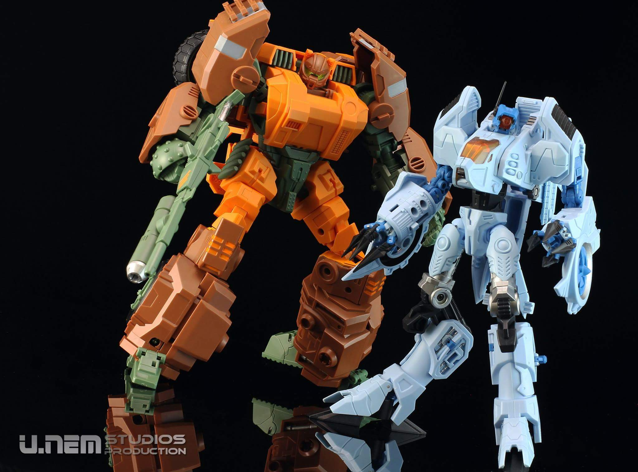 [Mastermind Creations] Produit Tiers - R-23 Dicamus - aka Roadbuster/Cahot des Wreckers IDW QhGKbYDv