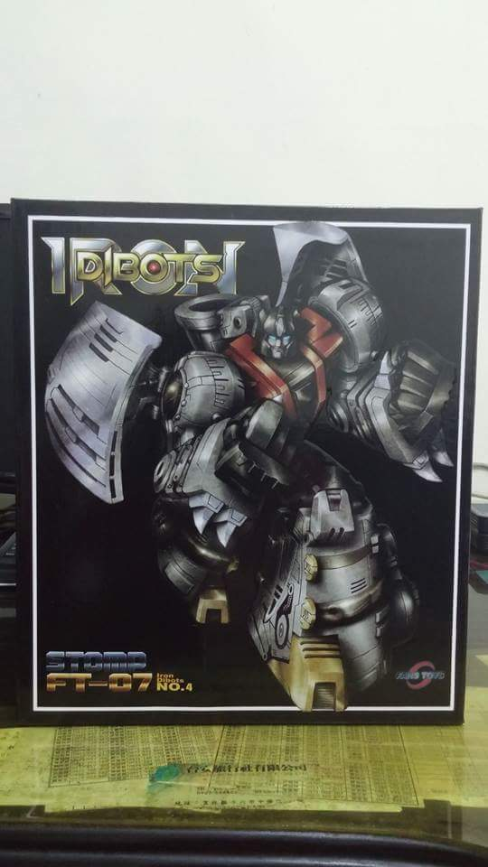 [Fanstoys] Produit Tiers - Dinobots - FT-04 Scoria, FT-05 Soar, FT-06 Sever, FT-07 Stomp, FT-08 Grinder - Page 9 C7Ck2Iat