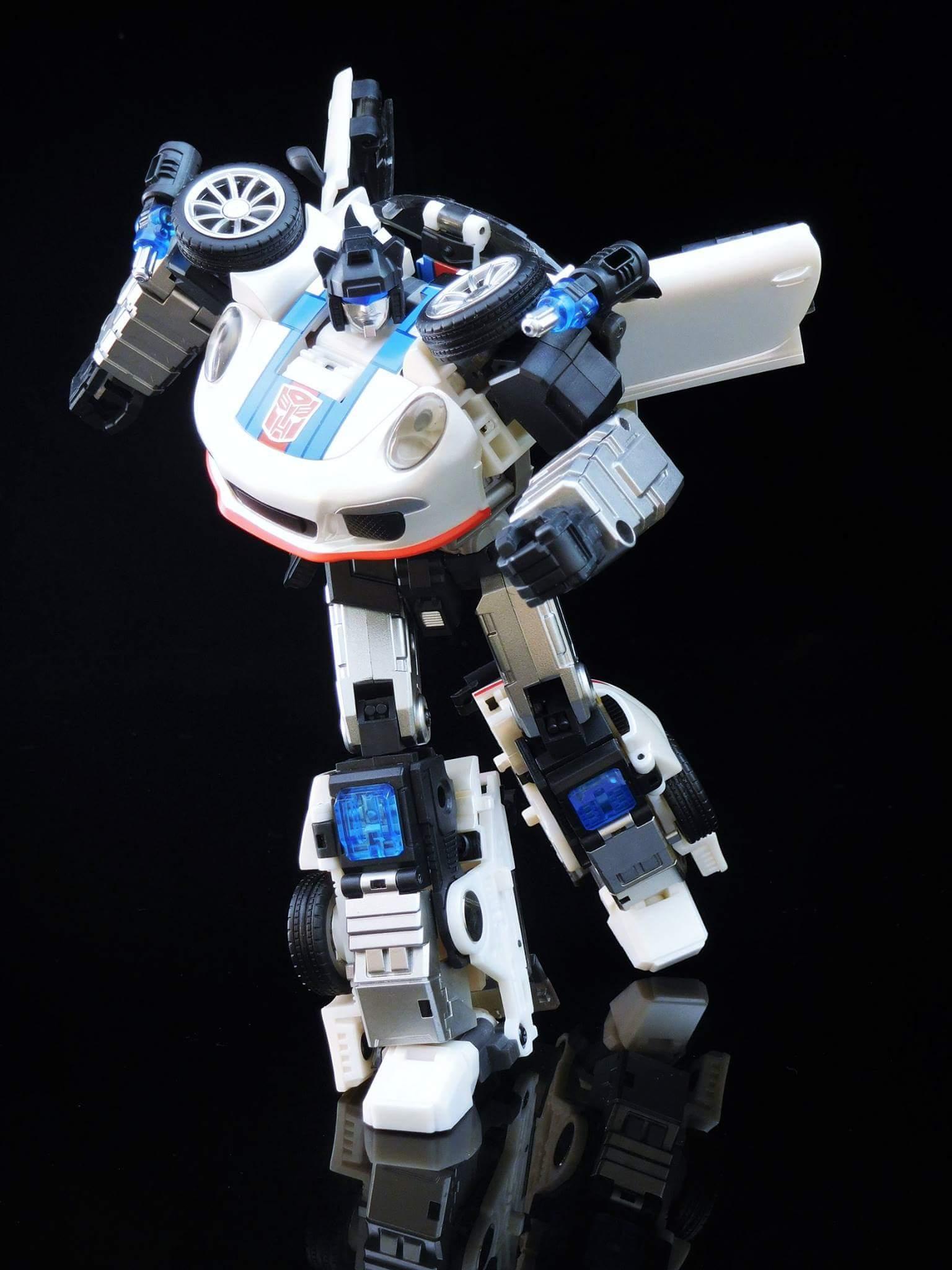 [Generation Toy] Produit Tiers - Jouets TF de la Gamme GT - des BD TF d'IDW - Page 2 IBc6zSR5