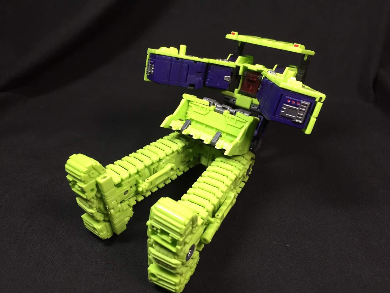 [Toyworld] Produit Tiers - Jouet TW-C Constructor aka Devastator/Dévastateur (Version vert G1 et jaune G2) - Page 3 JDOl5L1o