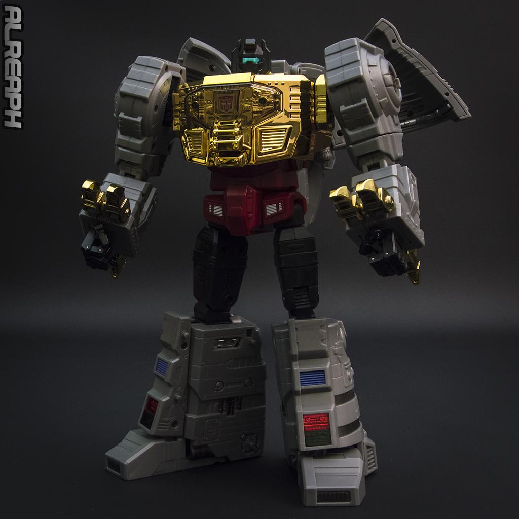 [Fanstoys] Produit Tiers - Dinobots - FT-04 Scoria, FT-05 Soar, FT-06 Sever, FT-07 Stomp, FT-08 Grinder - Page 12 XdQ770Xe