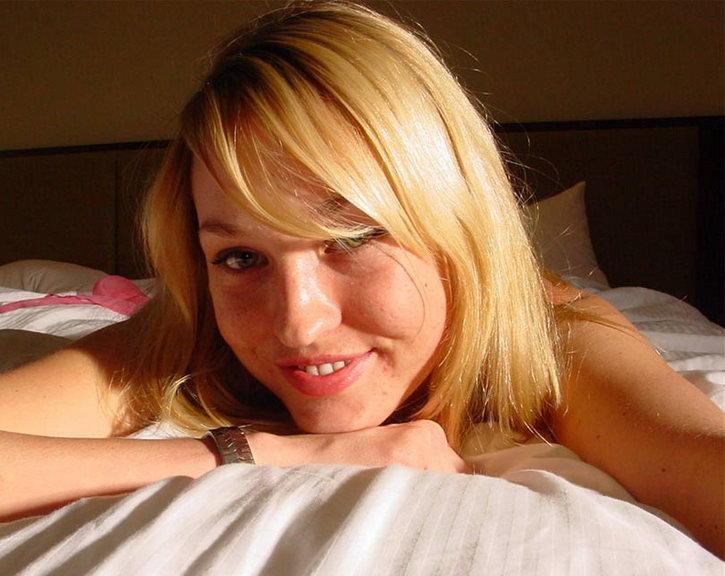 Cuney peluda rubia natural