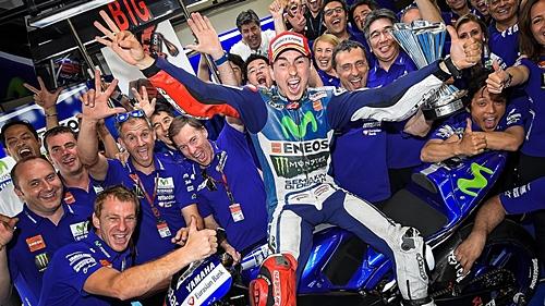 MotoGP 2015 XtxCQuEZ