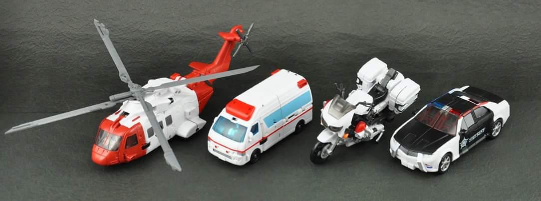 [MakeToys] Produit Tiers - Jouet MTCM-04 Guardia (aka Protectobots - Defensor/Defenso) - Page 3 4puri7sl