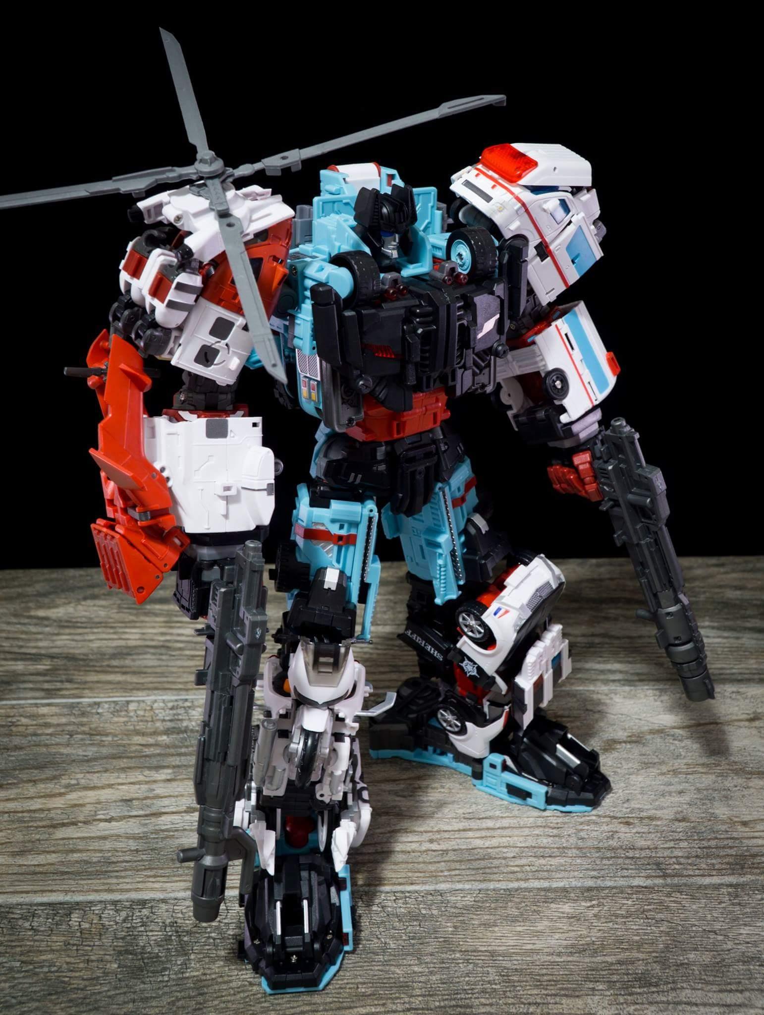 [MakeToys] Produit Tiers - Jouet MTCM-04 Guardia (aka Protectobots - Defensor/Defenso) - Page 4 NeSBZbQu