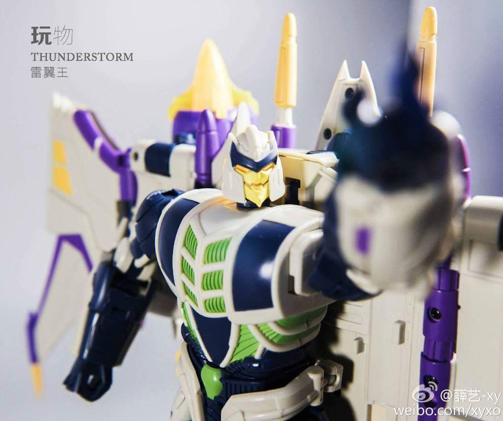 [Garatron] Produit Tiers - Gand of Devils G.O.D-01 Thunderstorm - aka Thunderwing des BD TF d'IDW - Page 2 DOVgse8n