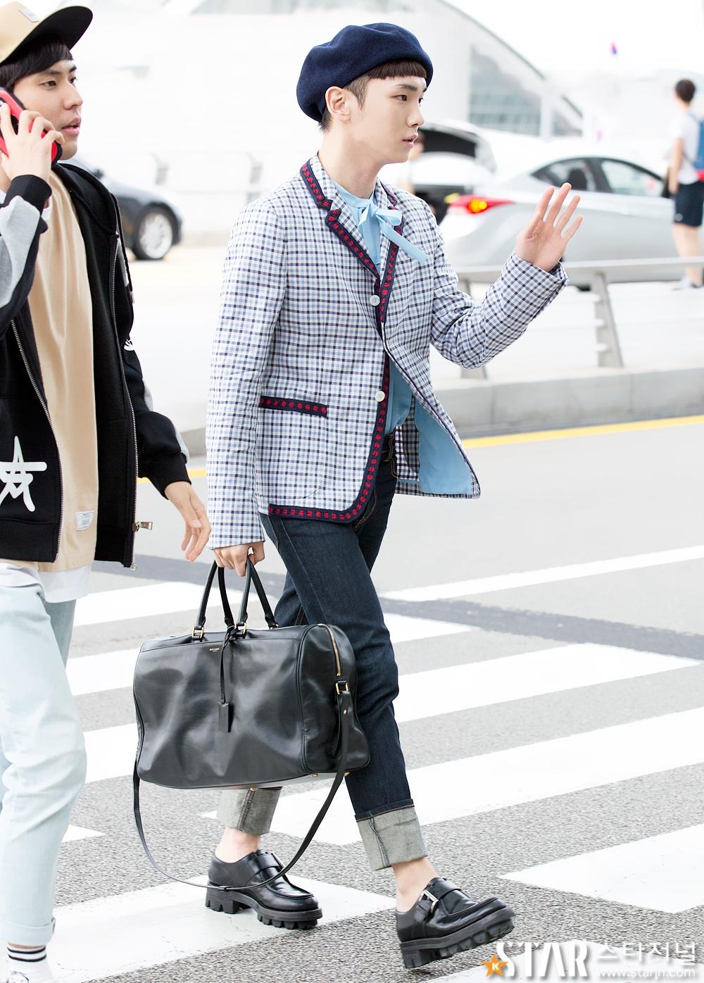 [IMG/160715] Jonghyun, Key @ Aeropuerto Incheon hacia Japón. HzxP7GD3