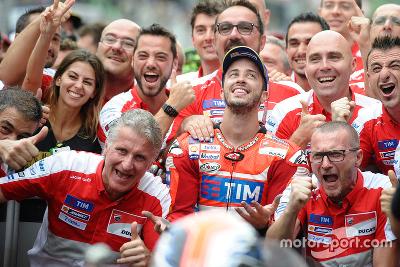 MotoGP 2016 ZPp9mTak