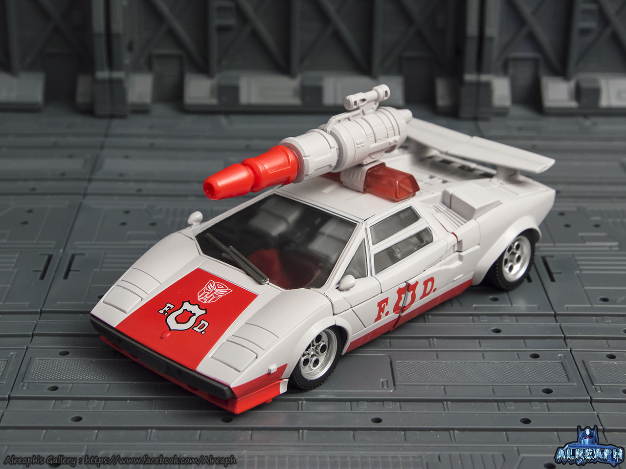 [Masterpiece] MP-14 Red Alert/Feu d'Alerte - Page 2 KM0Vqhgb